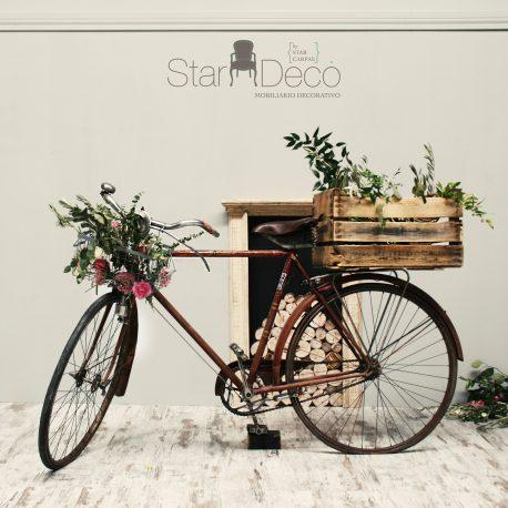 alquiler bicicleta vintage complementos accesorios decoracion candelabros maletas biombo jarrones cajones de fruta eventos boda rustico vintage boho industrial wedding deco clasico chic