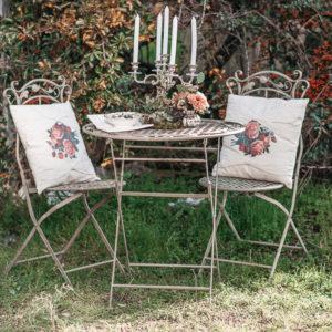 Alquiler de mobiliario para crear espacios unicos y rincones con encanto, forja, tocador, seating plan, photocall, mesa de firmas, detalles, coctail, rustico, boho, industrial, chic, vintage