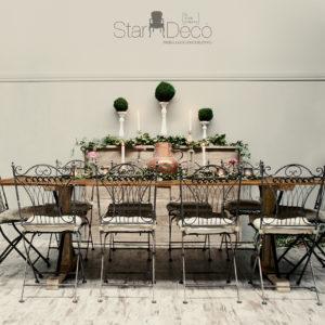 Mesa de madera rectangular