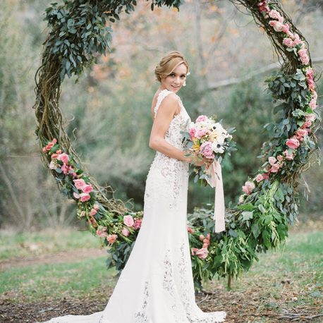 arco redondo estructura metal ceremonia decoracion boda evento photocall