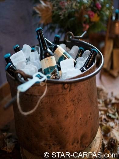 Calderos de cobre antiguo para beer corner o rincones de bebidas, zumos o similar